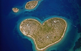 Where-to-go-in-Croatia-Travel-Blog_Zadar-Galešnjak-Island